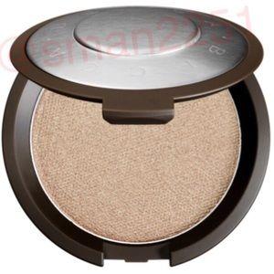 💖NEW!💖BECCA Shimmering Skin Highlighter NEW!